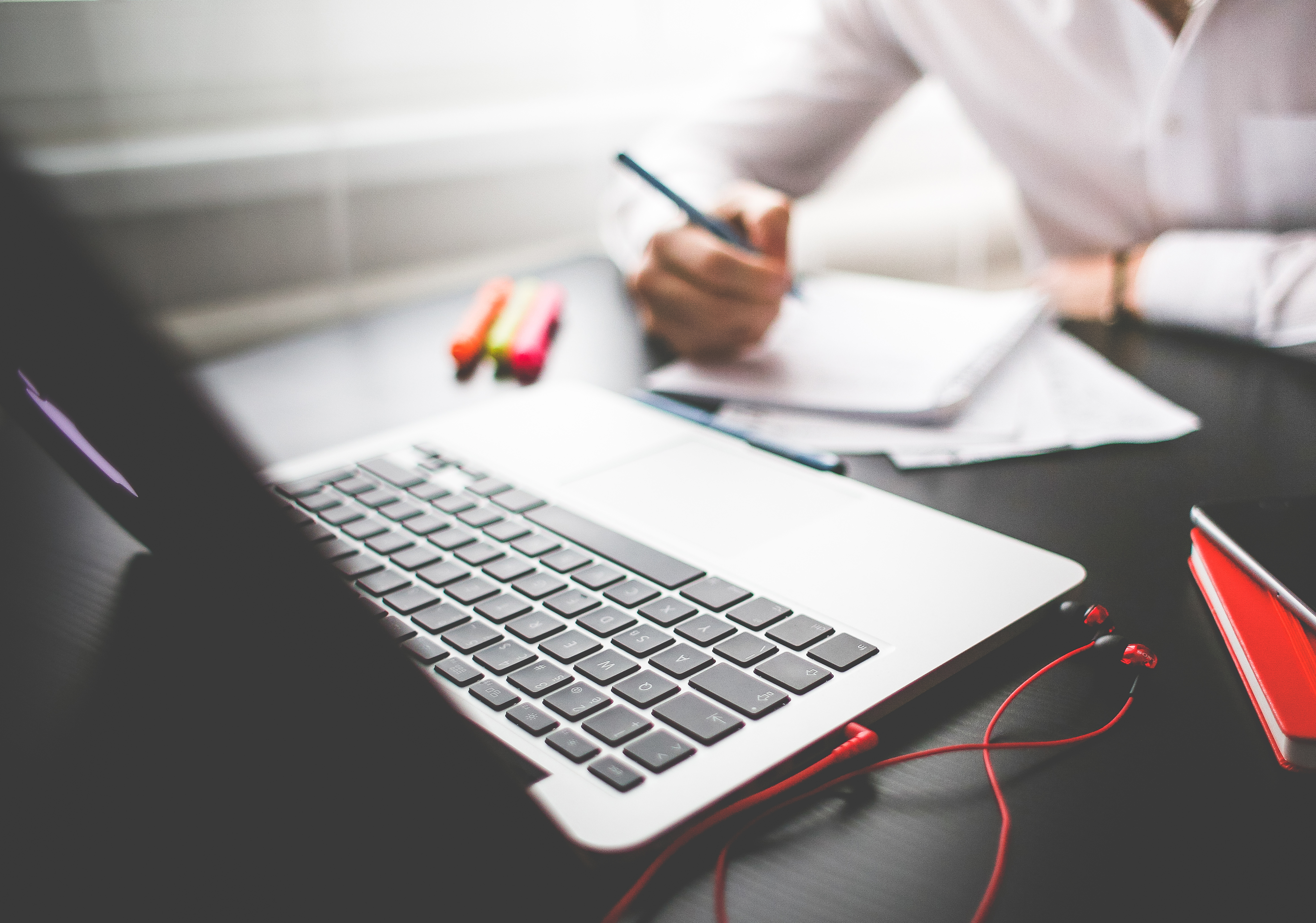 Why Do Creative Professionals Need A Website?